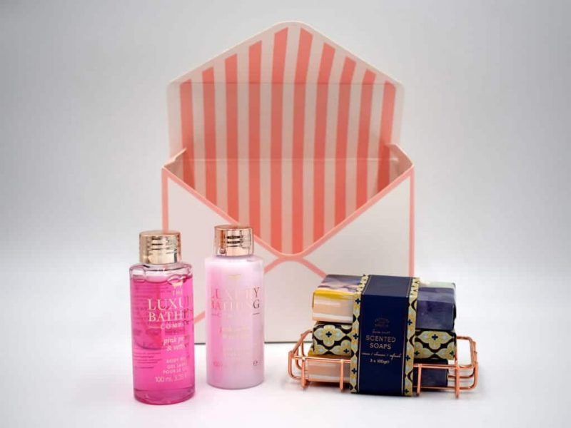 Body Care With Soap Gift Box